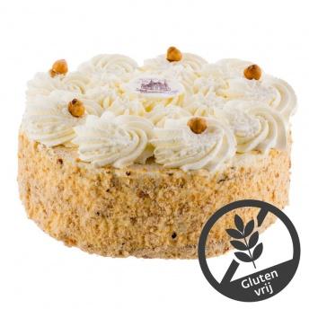 Glutenvrije hazelnoot slagroom taart